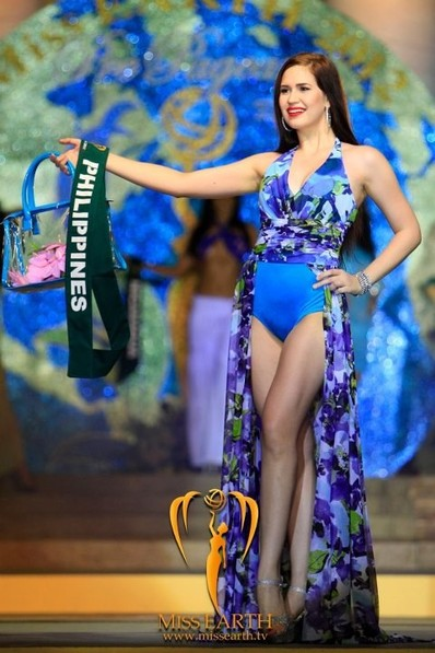 miss-earth-2012-resort-wear-competition-group-1 (11)