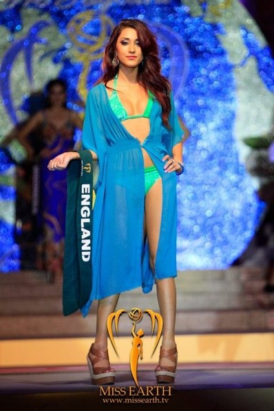 miss-earth-2012-resort-wear-competition-group-1 (19)
