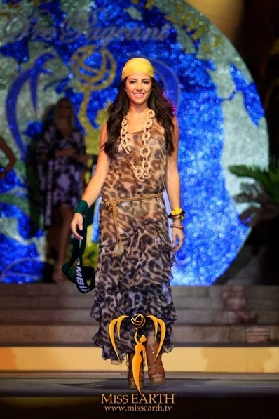 miss-earth-2012-resort-wear-competition-group-1 (3)