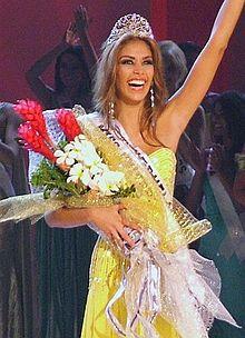 220px-Miss_Universe_2008,_Dayana_Mendoza2