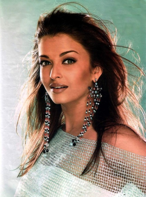 Aishwarya Rai (49)