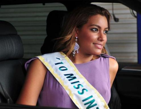 elizabeth-mosquera-miss-international-2010-12