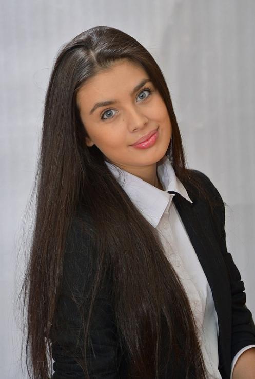 Elmira-Abdrazakova (11)