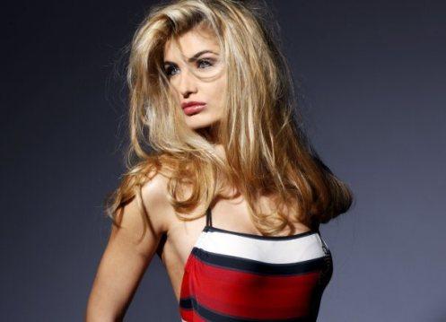ertemiona-meidani-miss-albania-2009-1