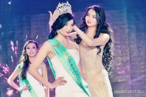 hazira Nurimbetova, Miss Kazakhstan 2012 and Aynur Toleuova, Miss Kazakhstan 2011