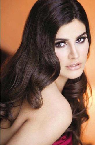 Karina Gonzalez (8)