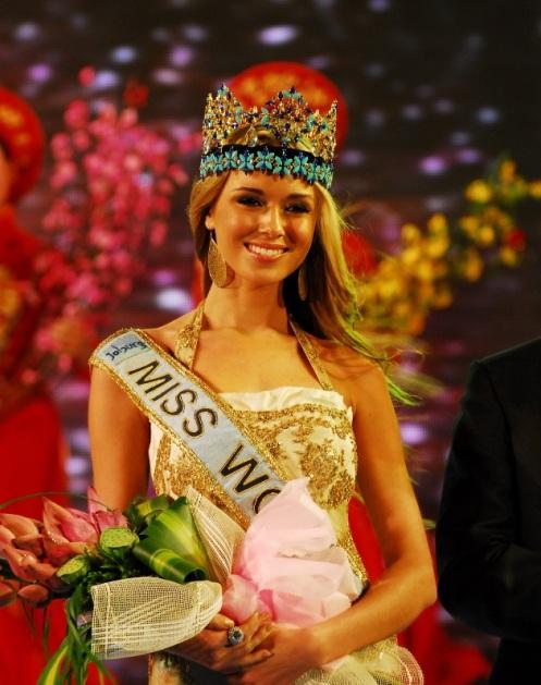 Ksenia-Sukhinova (2)