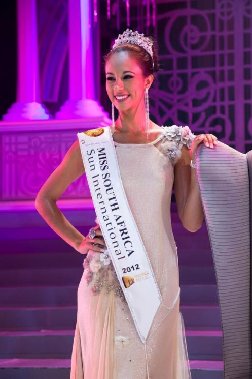 marilyn-ramos-miss-south-africa-2013-world-universe-21