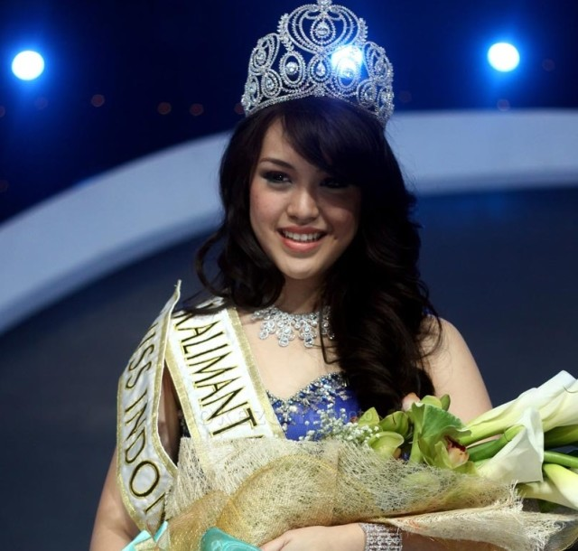 Vania Larissa Miss World Indonesia 2013