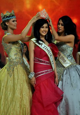 Miss_Indonesia_2011