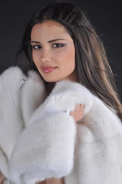 miss_world_russia_2010_irina_sharipova_2